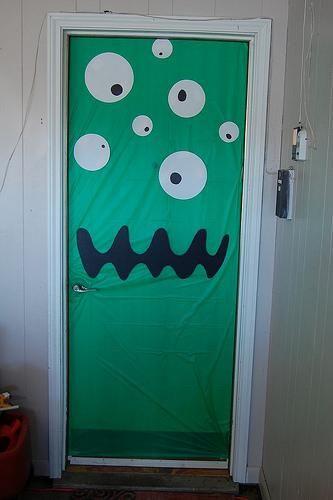 Has preparado tu puerta para halloween halloween for Puertas decoradas halloween calabaza