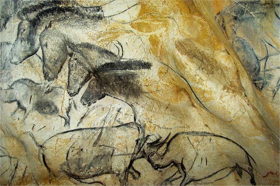 De la grotte Chauvet à la Caverne du Pont-d'Arc il y a 36 000 ans: la naissance de l'Art