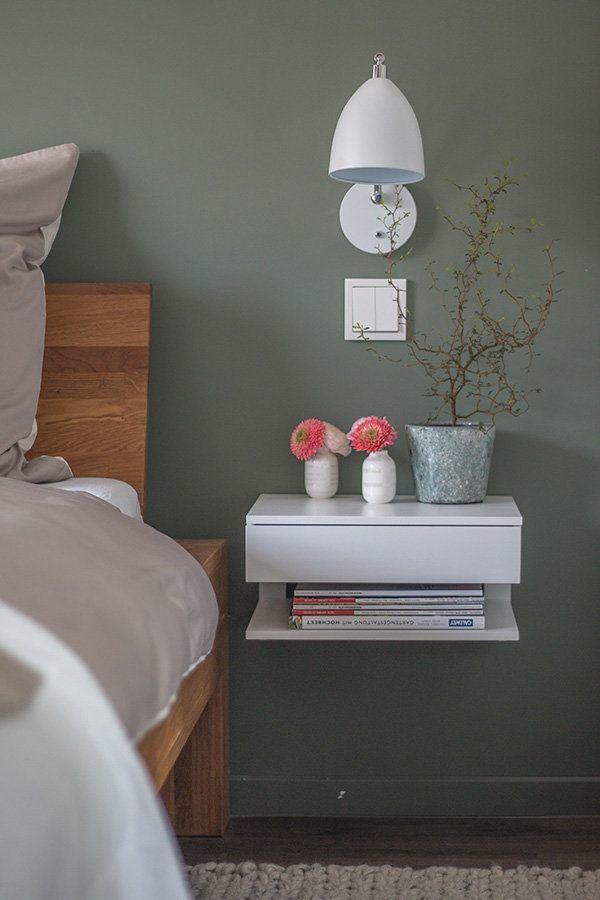 schwebender Nachtschrank im neuen Schlafzimmer in 2020