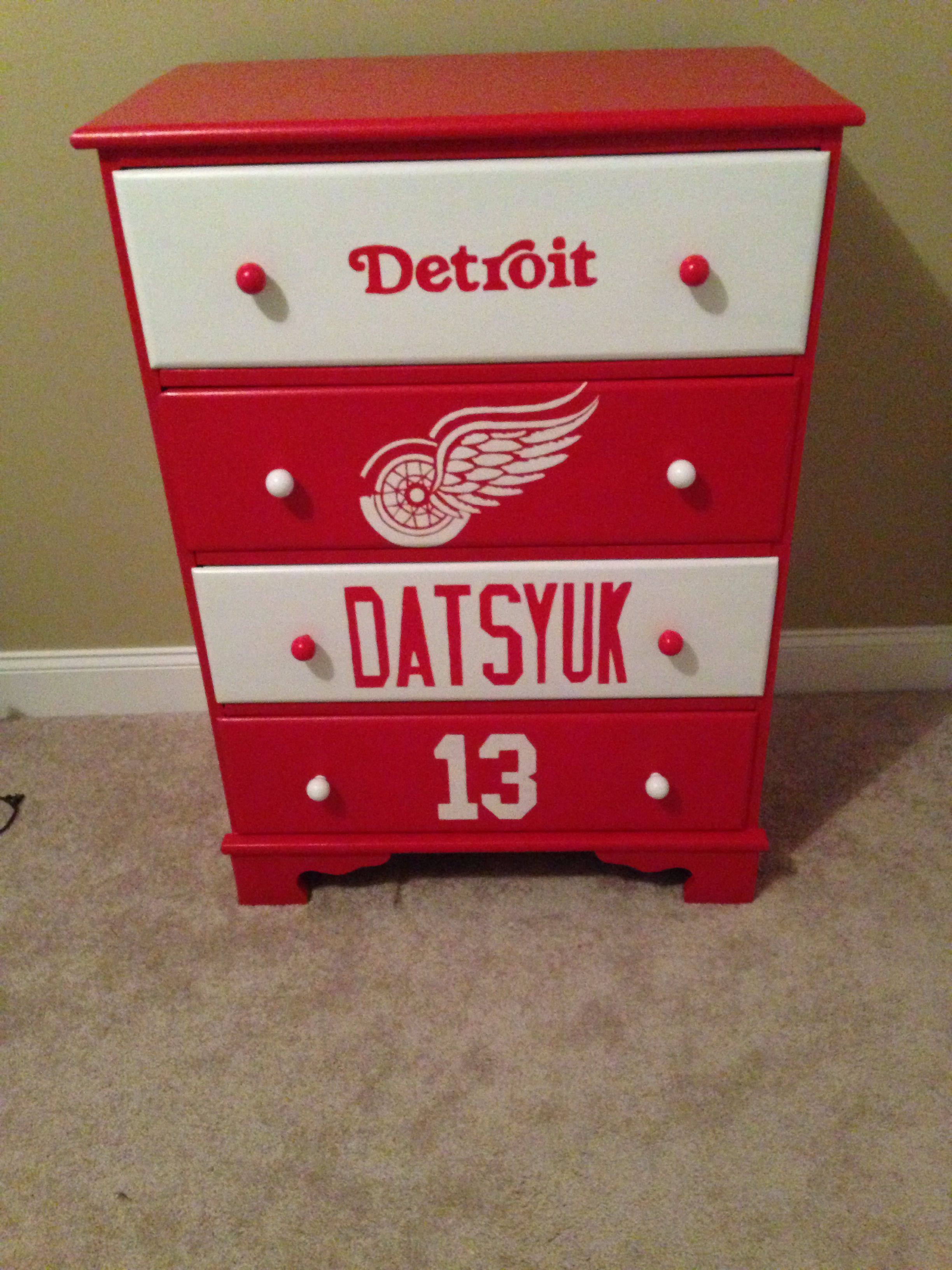 3138ecdf83a Detroit Red wings dresser for Boys room Hockey bedroom