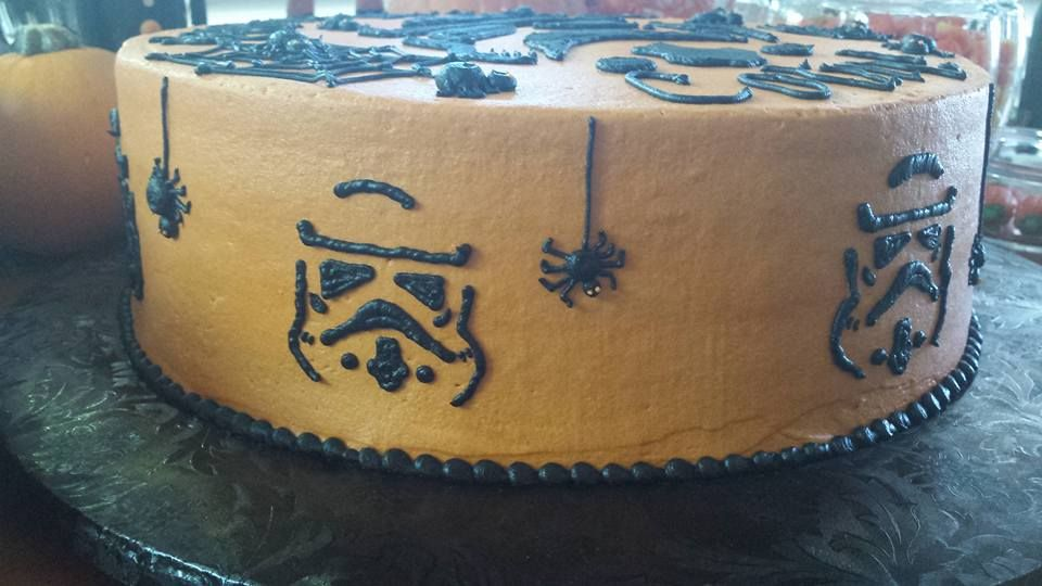 Storm Trooper Halloween Cake Decorated Cakes Pinterest - halloween decorated cakes