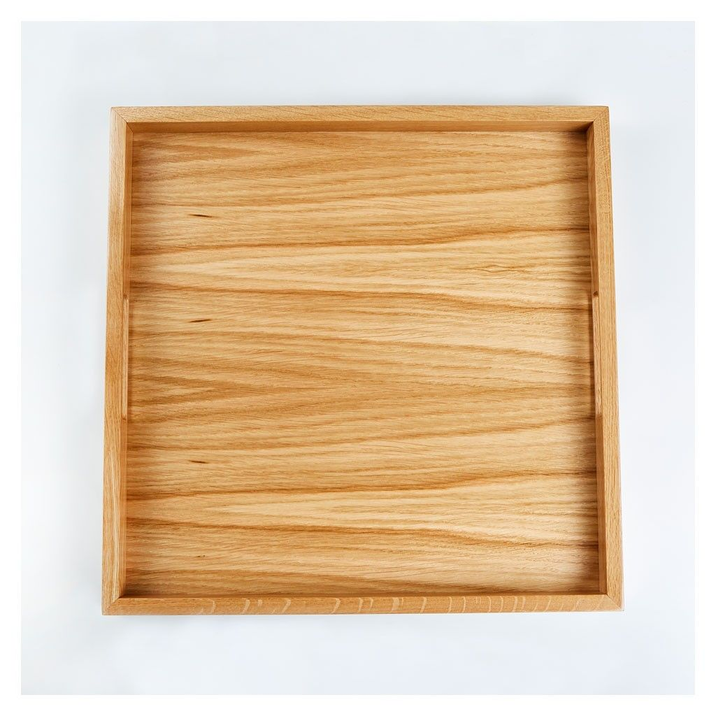 <p>Serve the table with ease and style with this modern tray, carefully crafted from classic oak.</p>