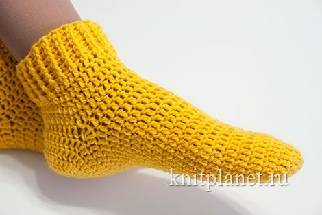 Вязаные носки крючком. Более 10 схем вязания крючком