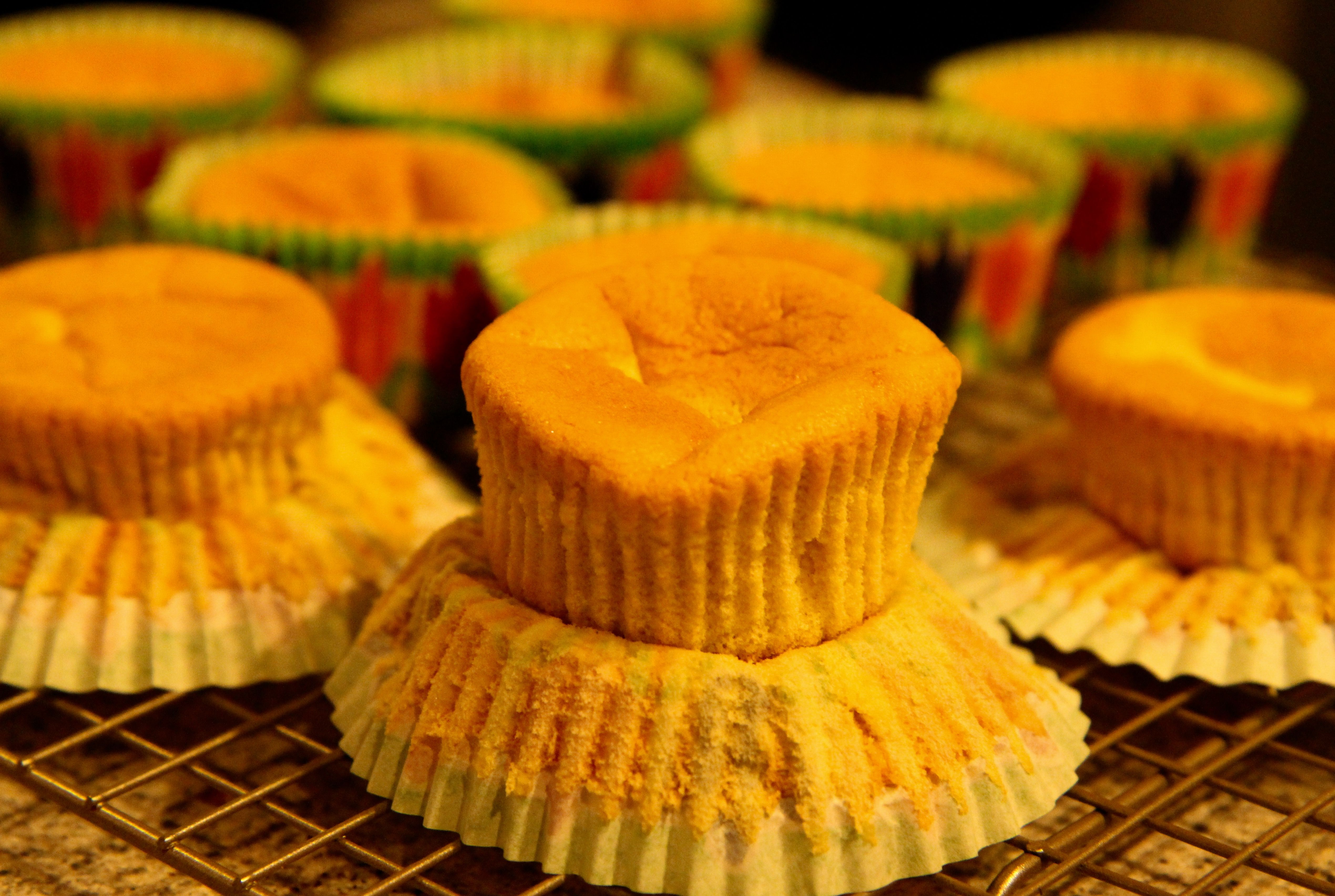 Chinese sponge cup cakes (12) 4 eggs, 1 cup cake flour, 1/4 brown sugar, 1/4 orange juice,  1 tbsp olive oil, 1 tbsp honey, lemon zests. Separate the yokes and whites, beat the whites to the foamy and fluffy stage, mix in with yokes and the rest. Bake in 350F (325F my oven) degrees for 15 minutes.