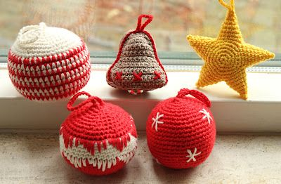 Kerstballen Haken Draadenpapier Patroon Uit Boek Haken Kerst