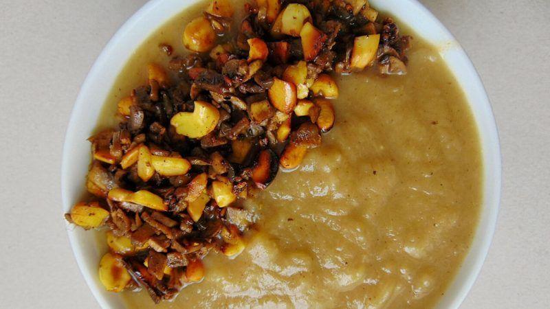 Crema de puerros y patata con frutos secos tostados   Tasty details Gallery
