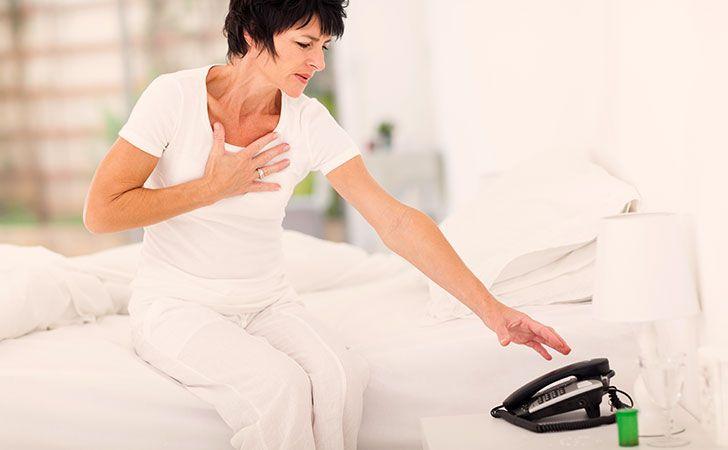 Heart Attack Symptoms in Women   Lifescript.com