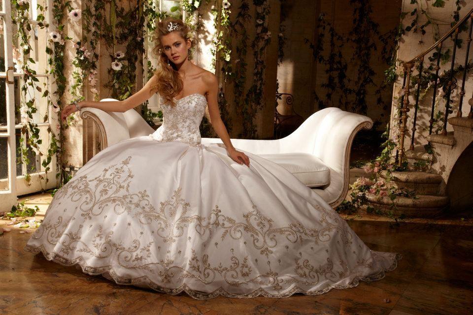 Eve of Milady & Amalia Carrara | fairy wedding dresses | Pinterest