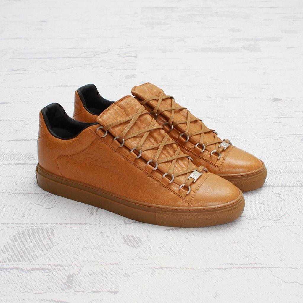 206120bc2 Balenciaga Arena Low-Top Sneaker (Gingembre)
