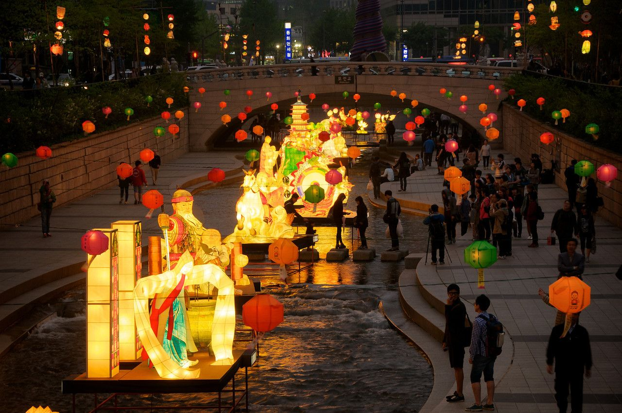 Lantern Festival, Cheonggyecheon Stream - Seoul, S. Korea ...