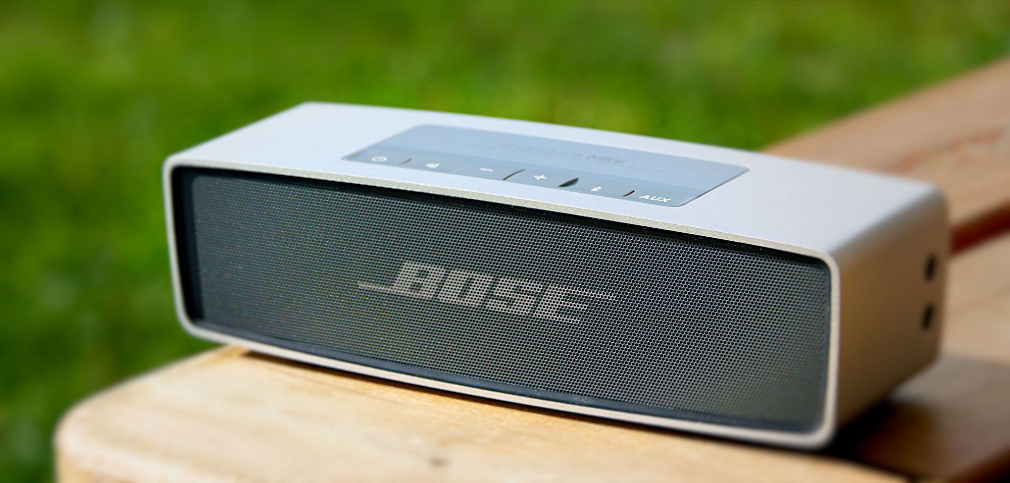 Bose könnte an Musik-Streaming-Dienst arbeiten - https://apfeleimer.de/2014/12/bose-koennte-musik-streaming-dienst-arbeiten - Zwischen Bose und der Apple-Tochter Beats ist es in den vergangenen Monaten heiß hergegangen: im Juli 2014 hat Bose Beats wegen eines Verstoßes gegen bestehende Patenteverklagt, zudem hat Bose einen exklusiven Deal mit der NFL geschlossen, durch den den NFL-Spielern untersagt ist, Be...