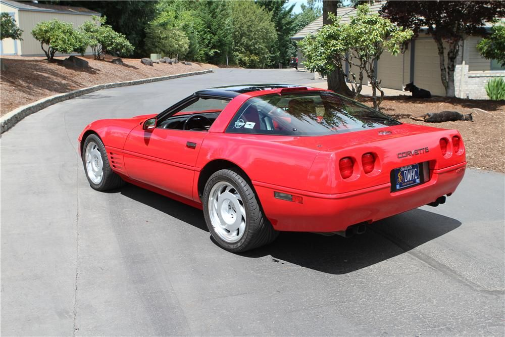 Lot 327 1991 Chevrolet Corvette Zr1 Coupe 5 7 Liter 385hp V8