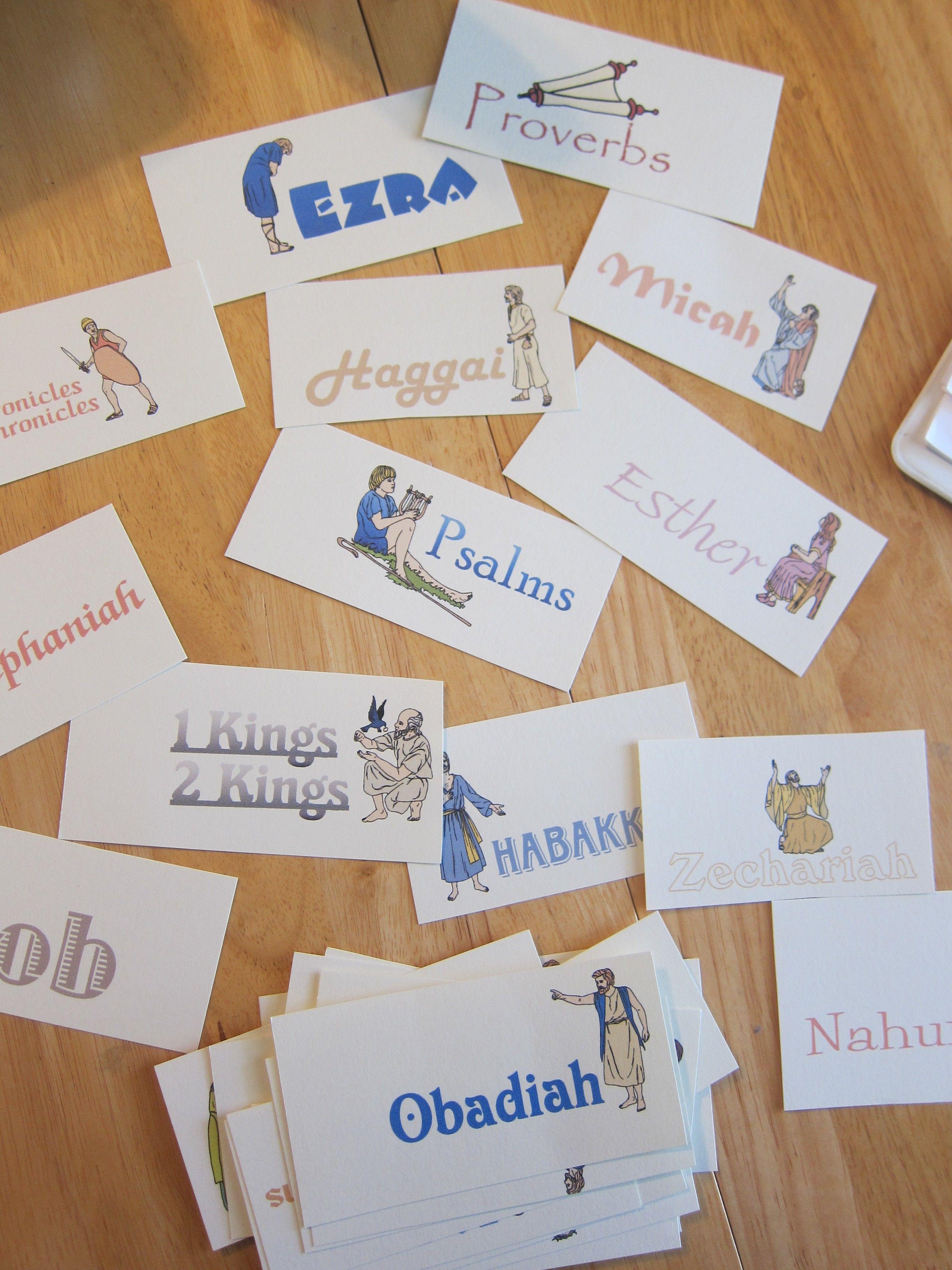 Aprendendo livros da Bïblia com cartões ilustrados