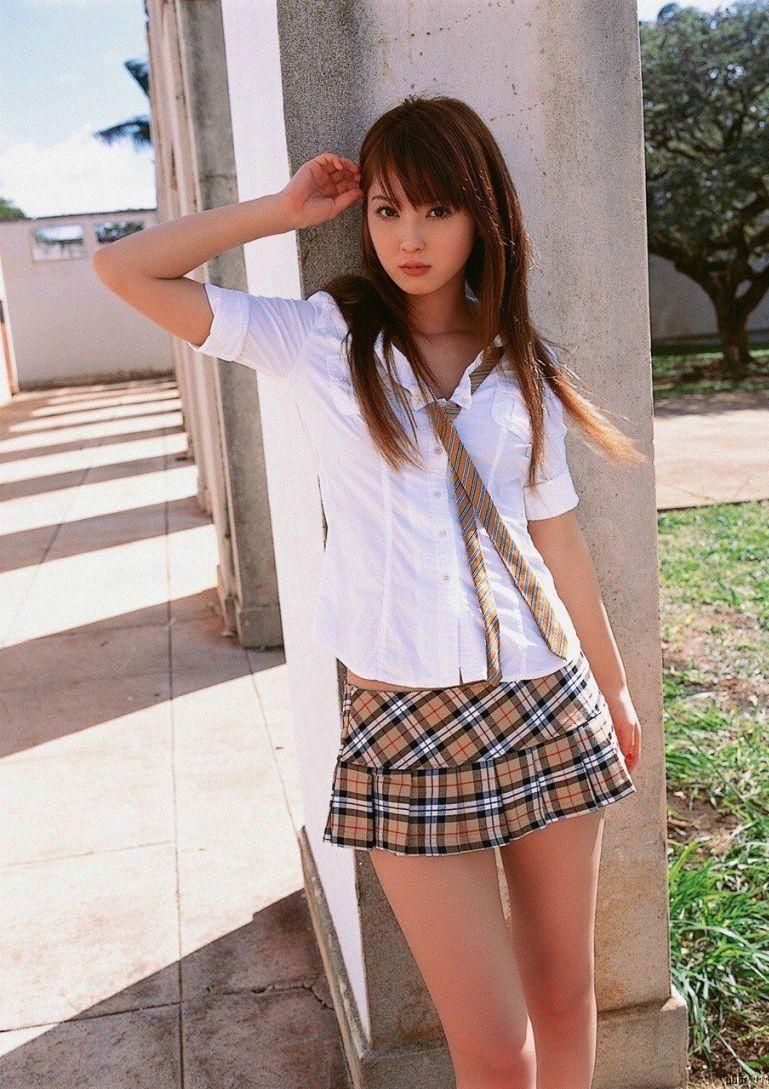 Мокрые большие японские красивые девушки студентка трусики