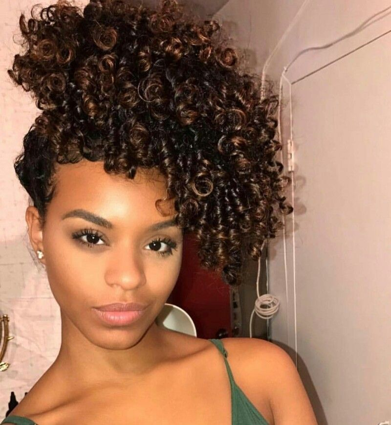 Pin by Kushana on HAIR it is.... | Natural hair puff, Curly hair styles naturally, Pineapple ...