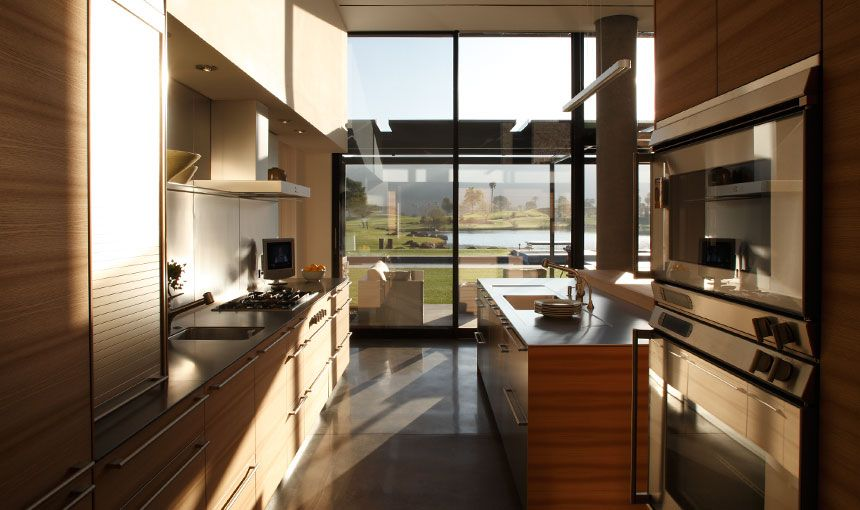 Palm Desert Kitchen By Heliotrope Architects.