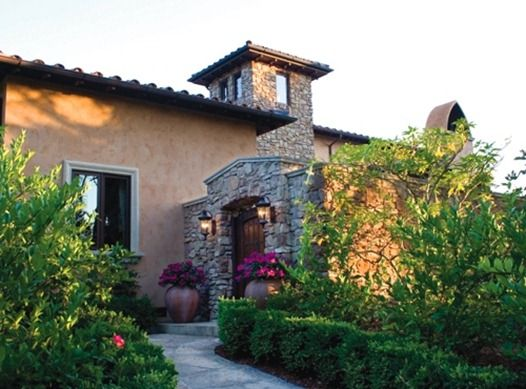 tuscan similar to the spanish style tuscan homes are most often rh pinterest com