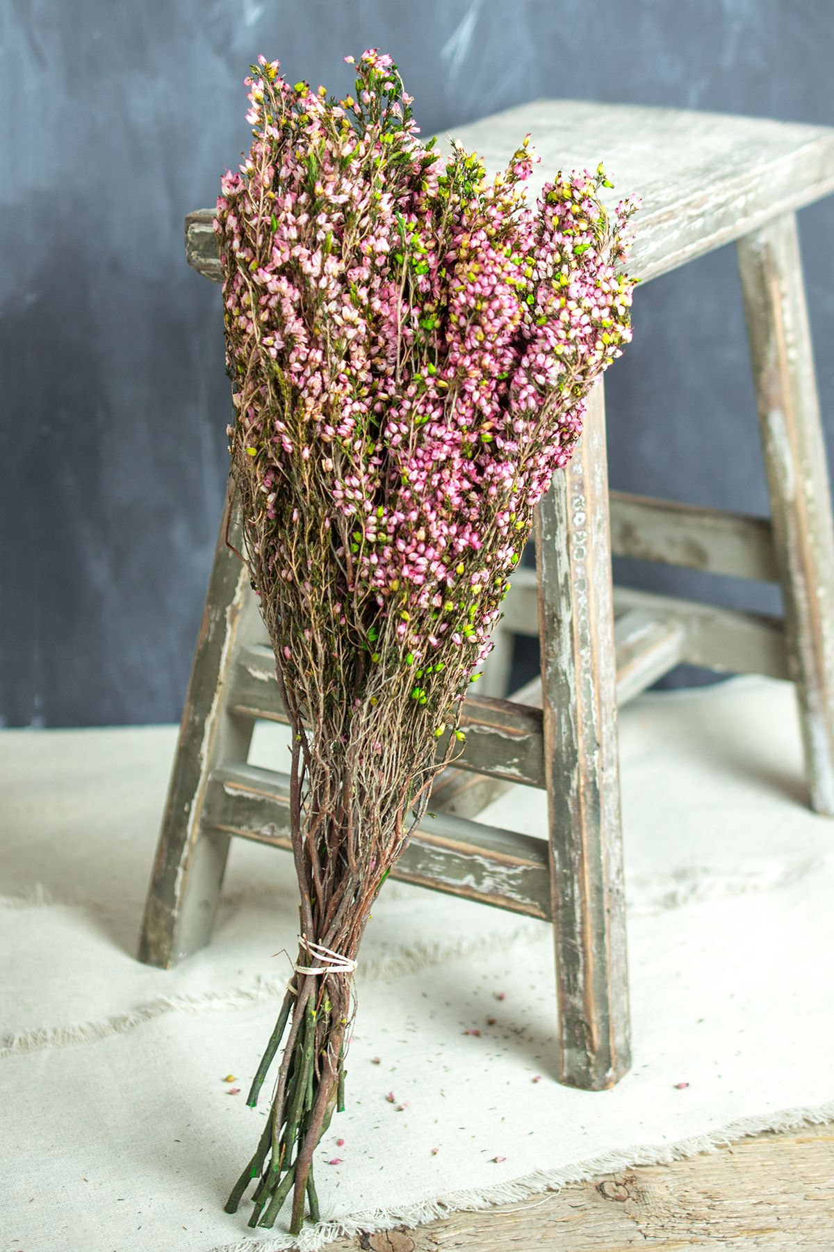 make your own wedding flower centerpieces%0A Create your own preserved bouquets with these delicate pink flowers