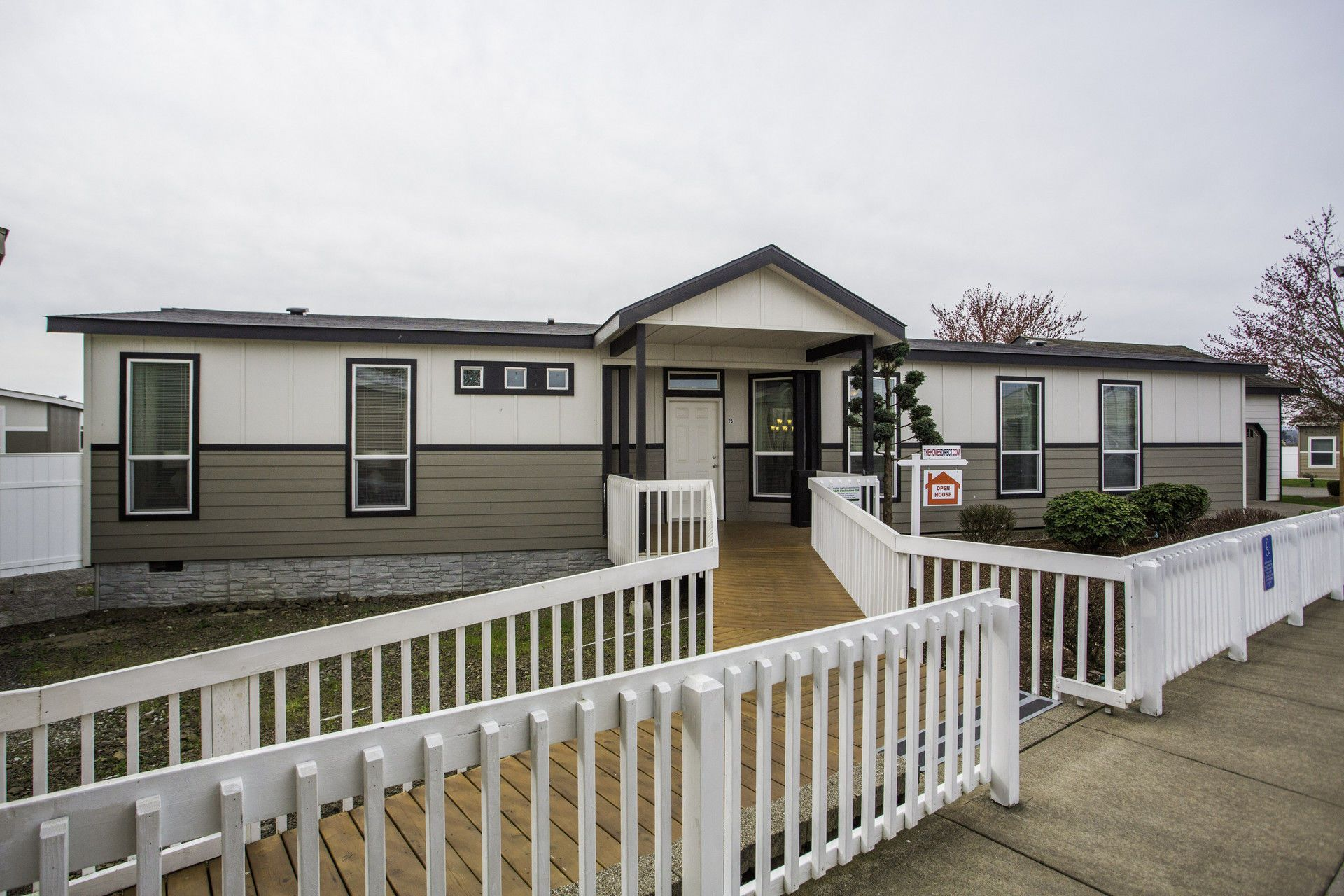 Winchester Bay in 2020 Mobile home exteriors, Modern