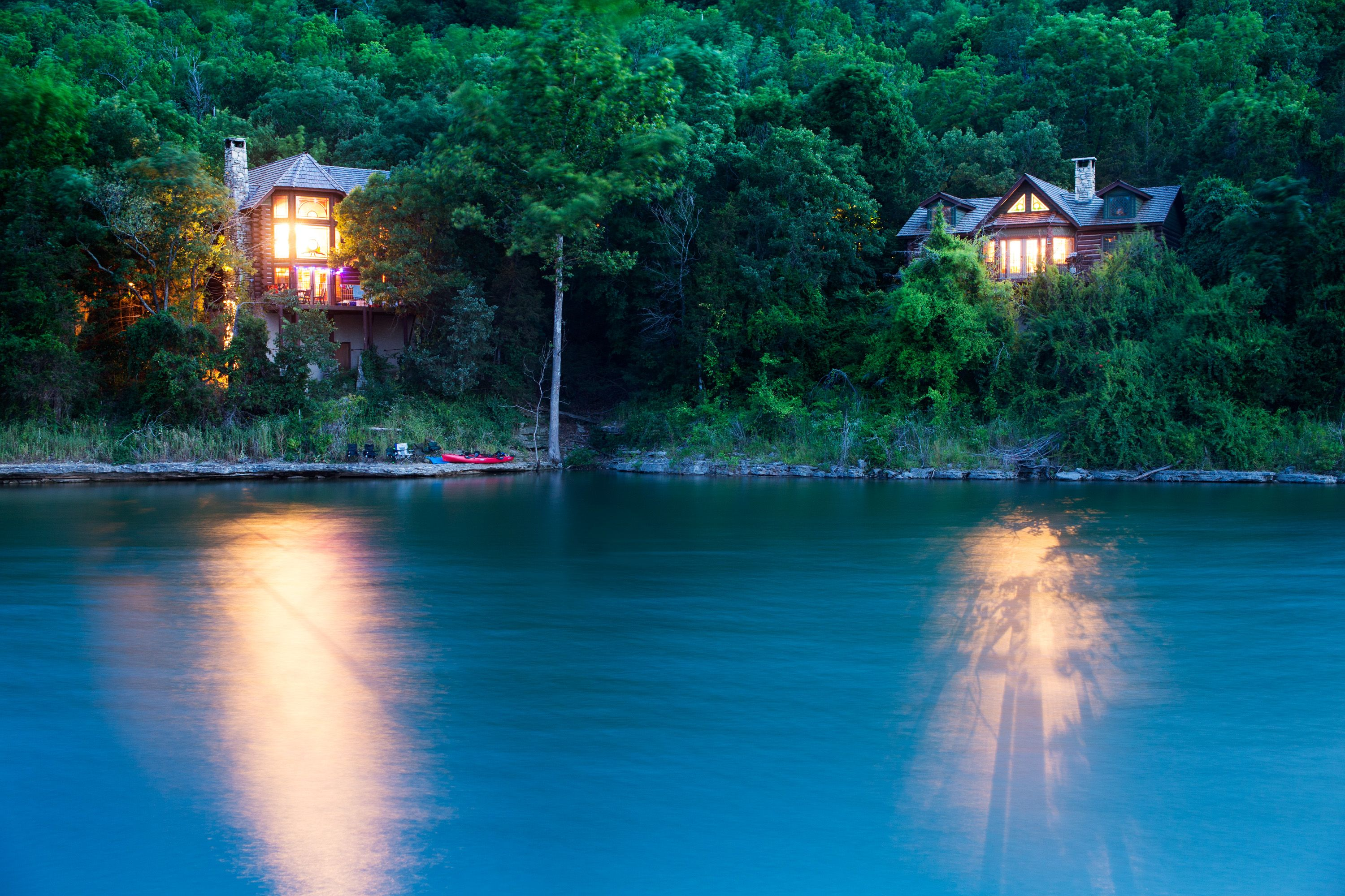 Log cabin on a lake royalty free stock photography image 7866317 - Lakeview Cabins At Big Cedar Http Www Big Cedar Com Page Private Log Cabins Aspx Cabin Fever Pinterest Cabin