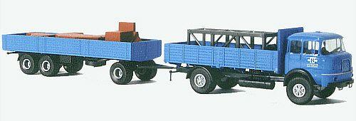Krupp LF 960 lavarekka lastattuna nosturinosilla ja painoilla