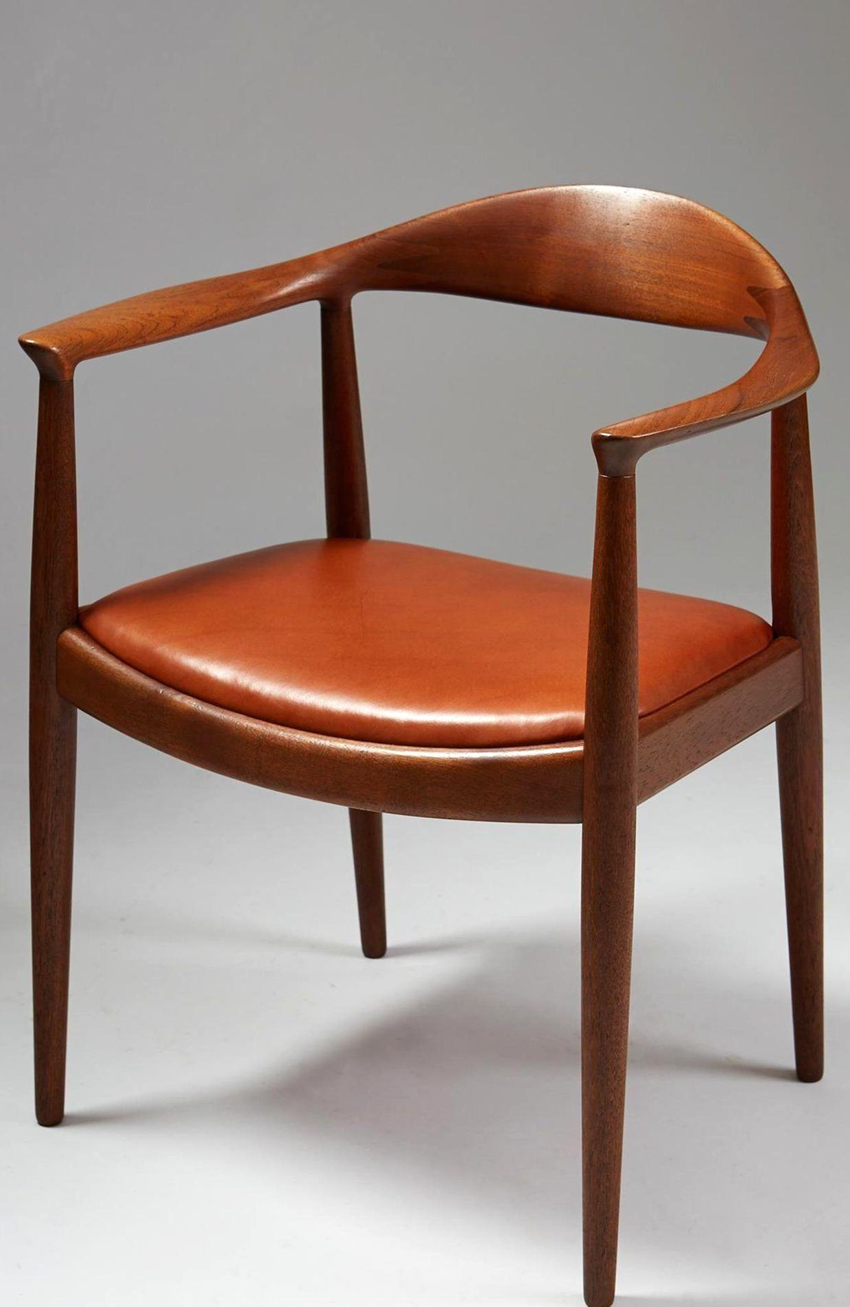 The Chair Designed By Hans Wegner For Johannes Hansen Denmark 1950s Modernity In 2020 Classic Chair Design Furniture Design Chair Danish Furniture Design