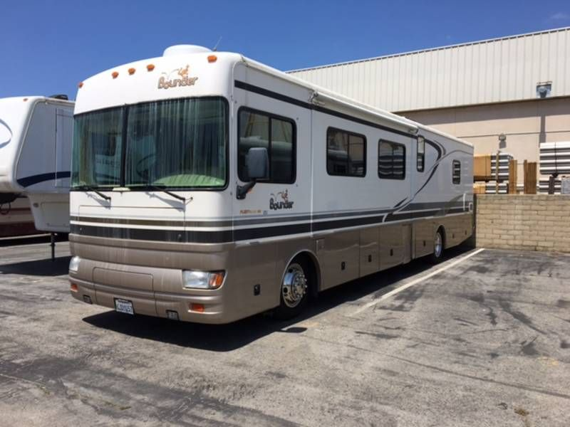 2002 Fleetwood Bounder 39R, Class A Diesel RV For Sale