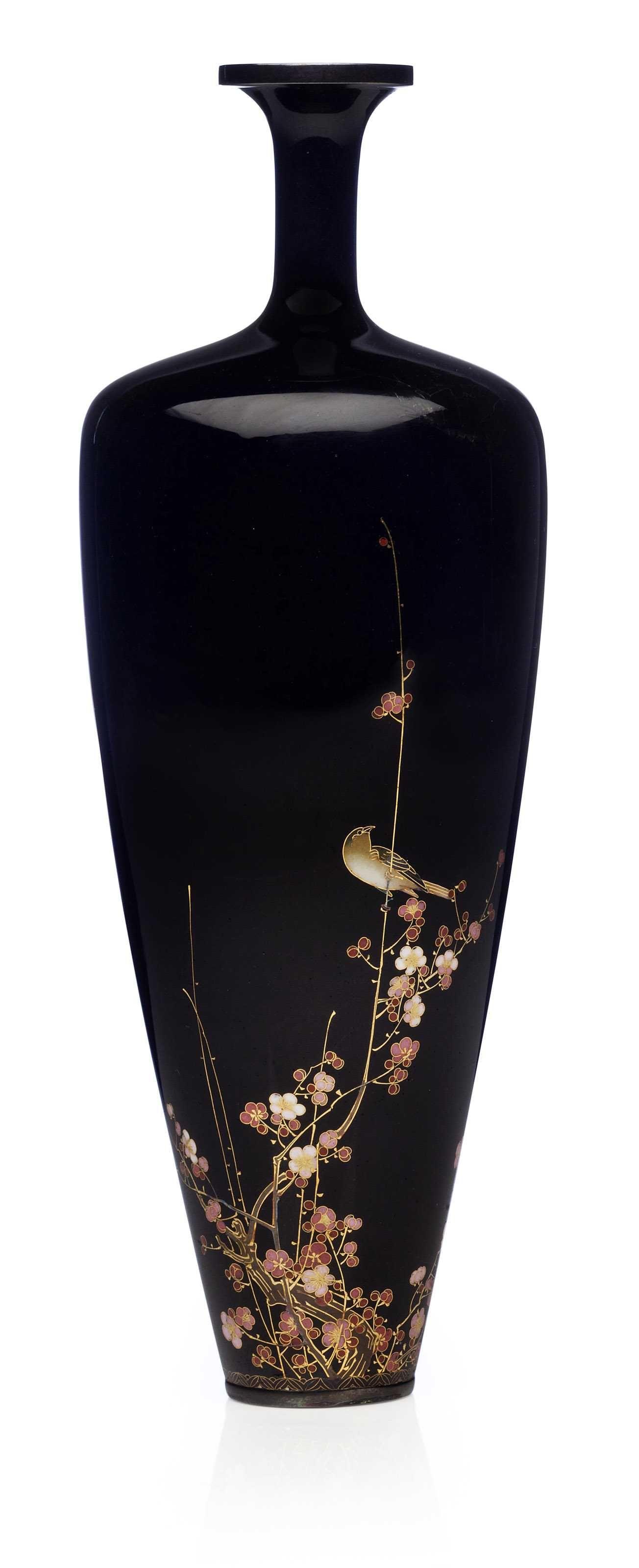 A Cloisonné vase, signed Kyoto Namikawa) workshop of Namikawa Yasuyuki(1845-1927), Meiji Period.