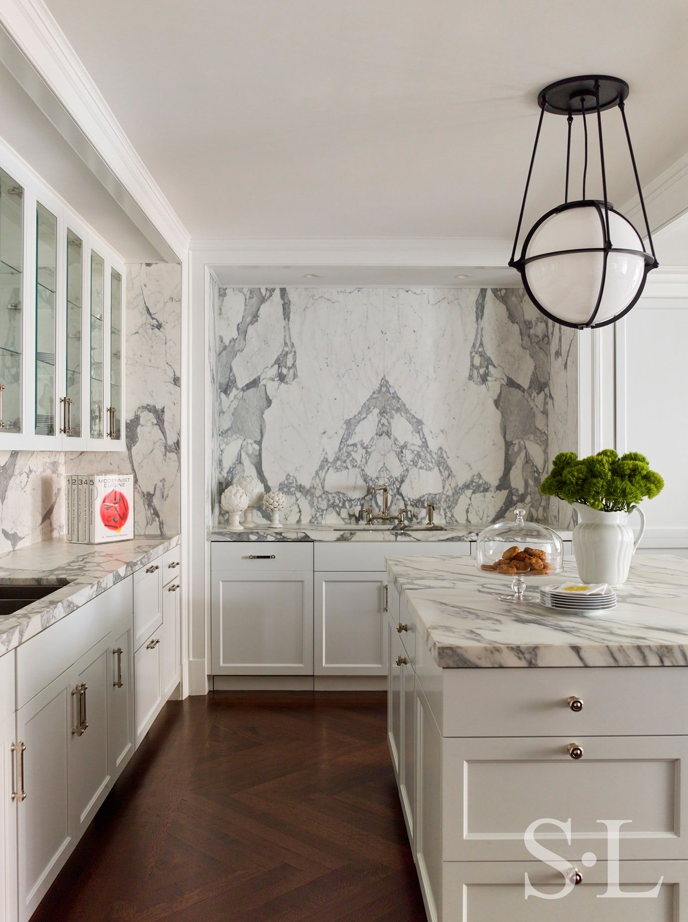 Gold Coast Penthouse Kitchen Contemporary Modern By Suzanne Lovell