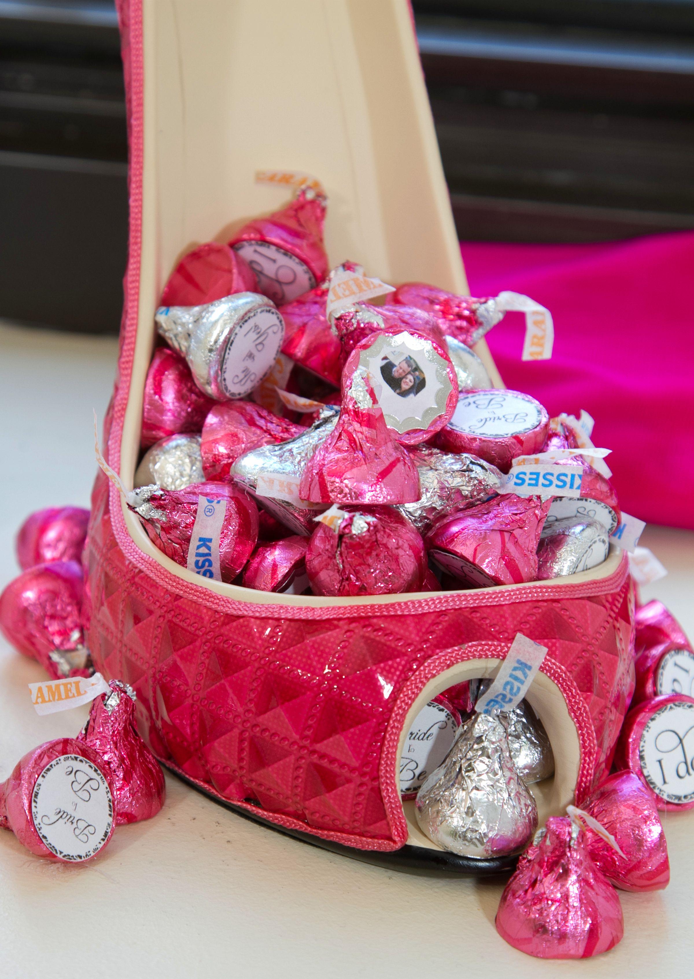 Hershey Kiss filled pink heel #wedding #pink #chocolate | Good ...