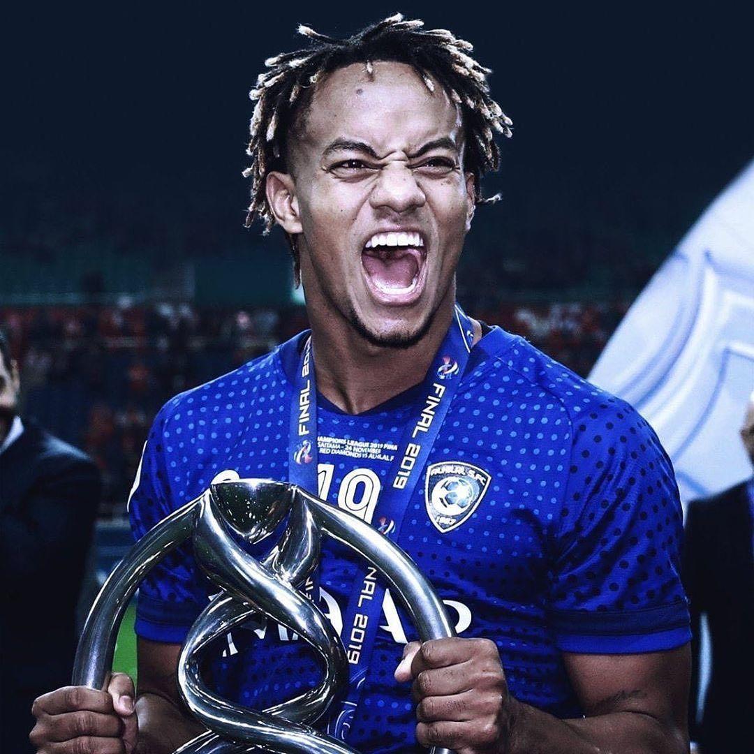الرياضية السعودية On Instagram كاريلو لاعب الهلال يبدأ اللياقة شاهد تفاصيل الخبر بالإستوري Riyadiya Football Wallpaper Football My Love