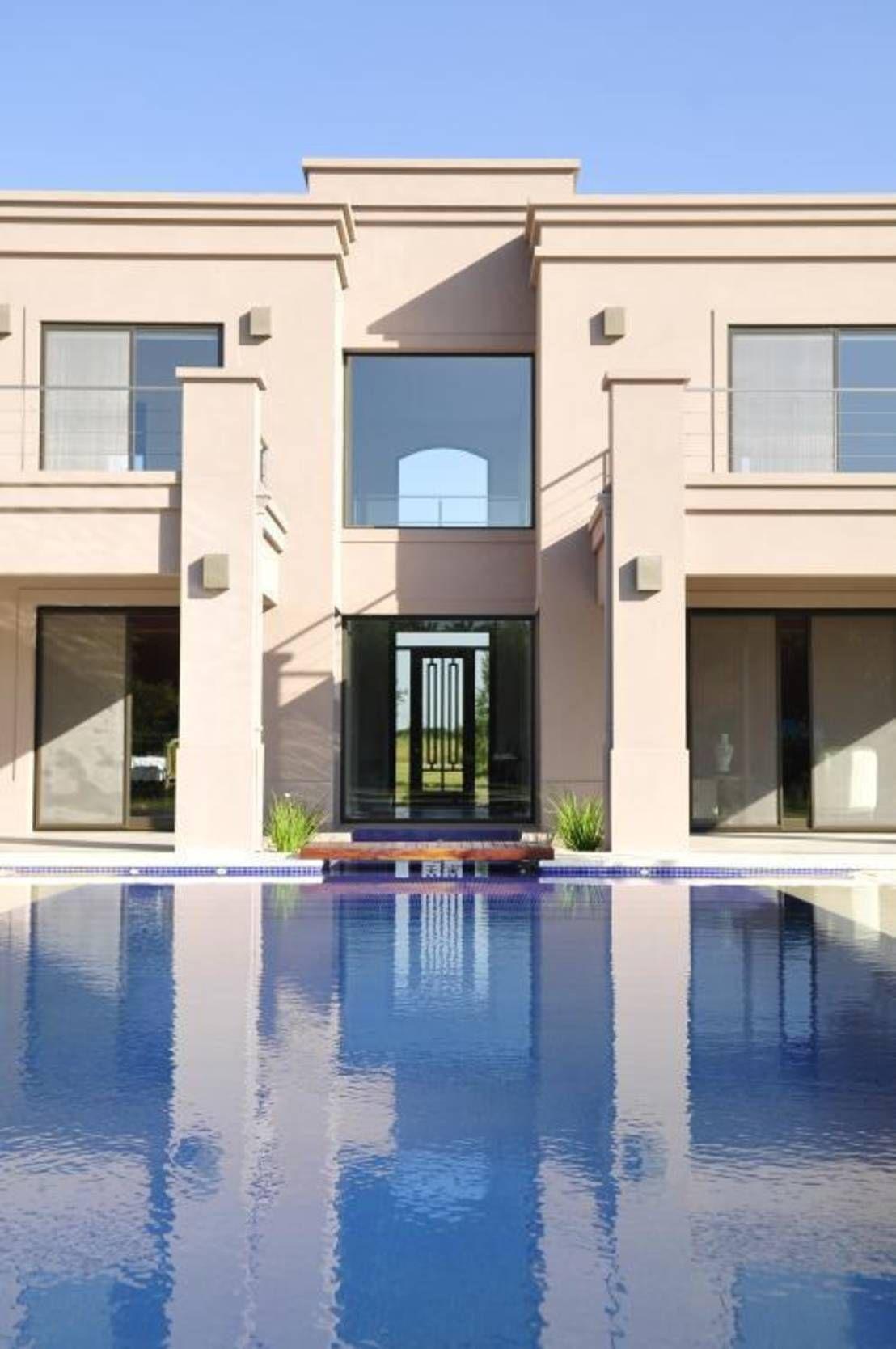 Cl sica y moderna fachada casas fachadas y clasicos for Clasica y moderna entradas