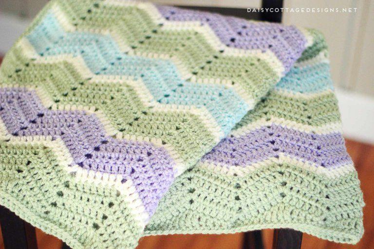 Easy Chevron Blanket Crochet Pattern | Mantas para bebés, Manta y ...