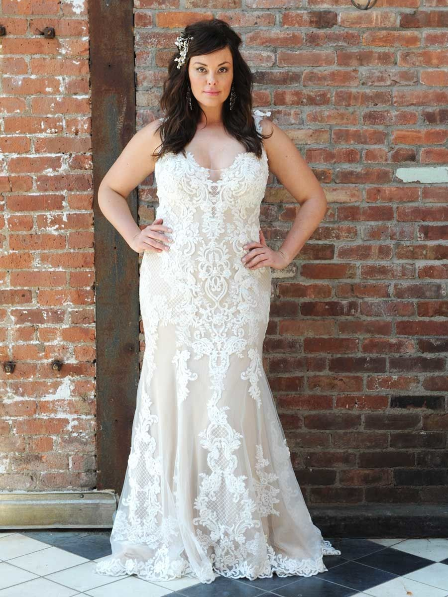 The 2022 Wedding Dress Trends You Should Know About Plus Wedding Dresses Plus Size Wedding Wedding Dresses [ 1200 x 900 Pixel ]