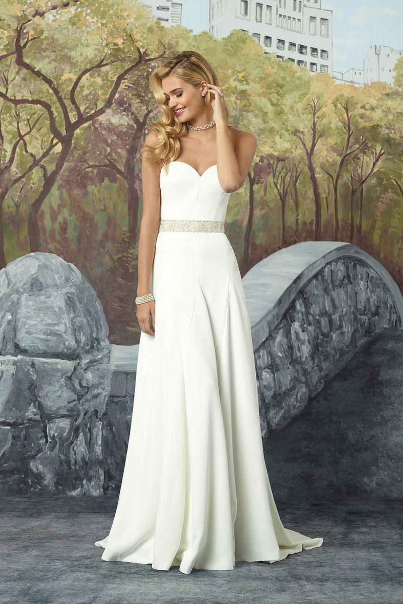 Elegant fitted wedding dresses  Justin Alexander Sweetheart Neckline Crepe ALine Wedding Dress