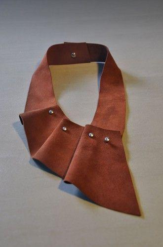 Aumorfia  SOFT  pleats mono suede necklace