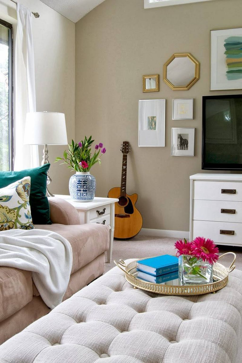 DIY Low-Budget Small Apartment Decorating Ideas 19   Small ...