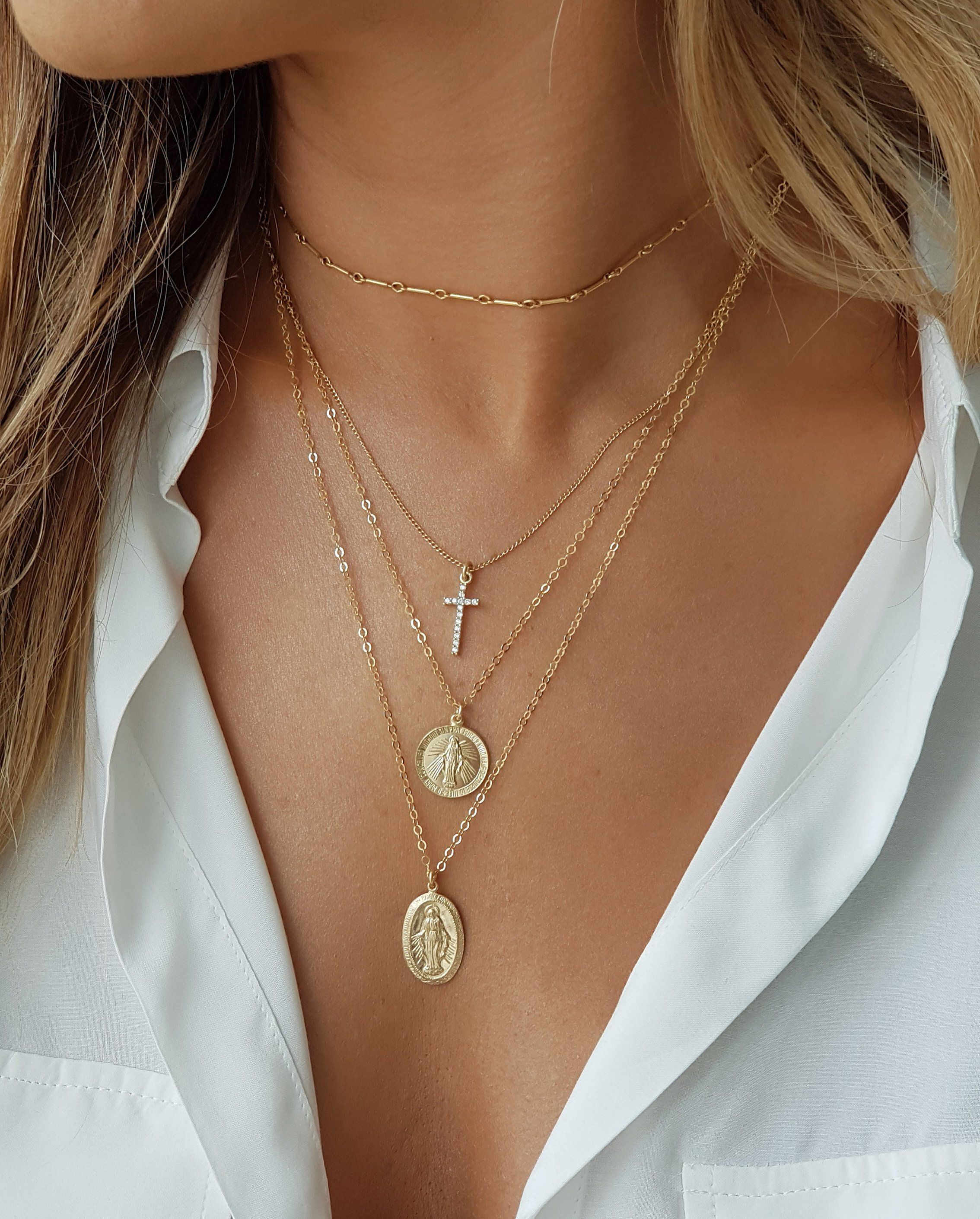 898fe36c6f89 Gold Coin Necklace Virgin Mary Coin Necklace in 2019 | Necklaces ...