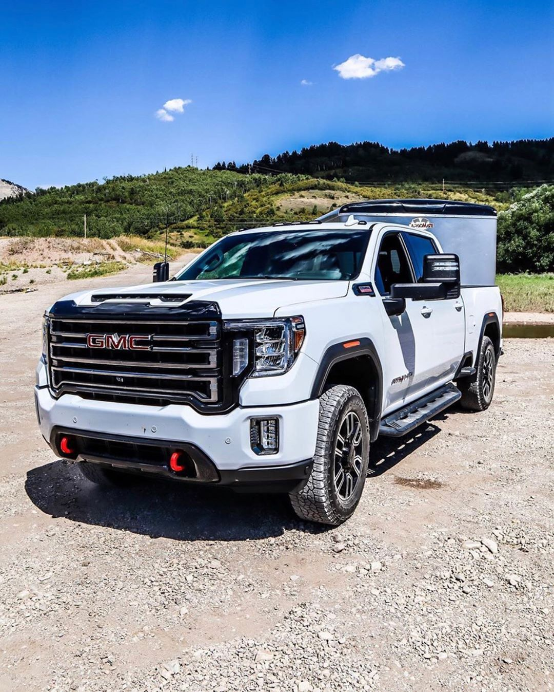 Torq Offroad And Jul Torq Doing Some Testing On The New Gmc Sierra Hd At4 Duramax Diesel Putting That 10 Speed To The Test In Wyoming Gmc Gmc Sierra Duramax