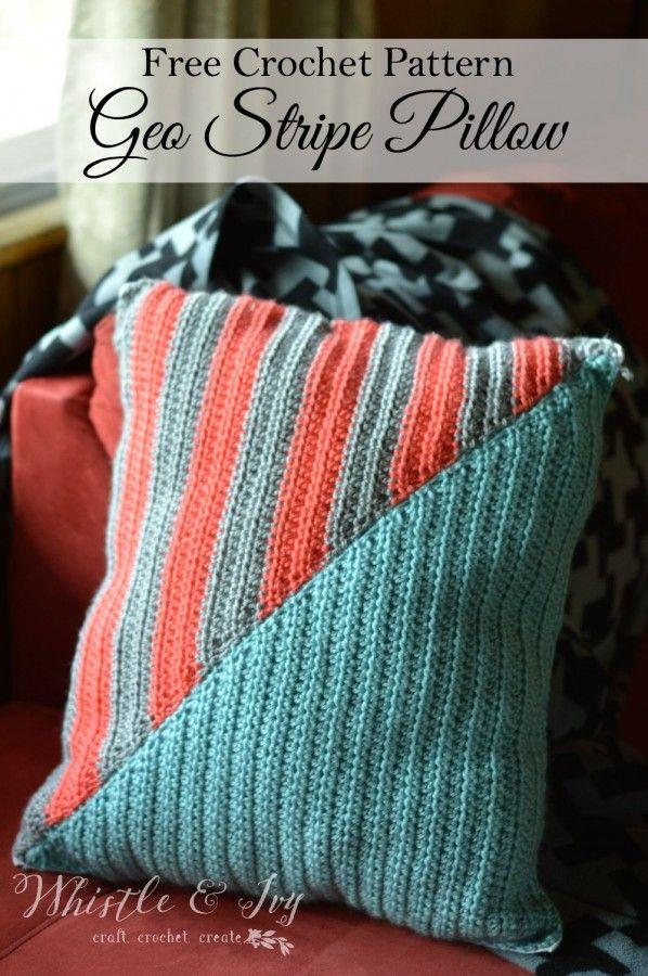Crochet Geo Stripe Pillow | Pinterest | Gehäkelte decken, Kissen und ...