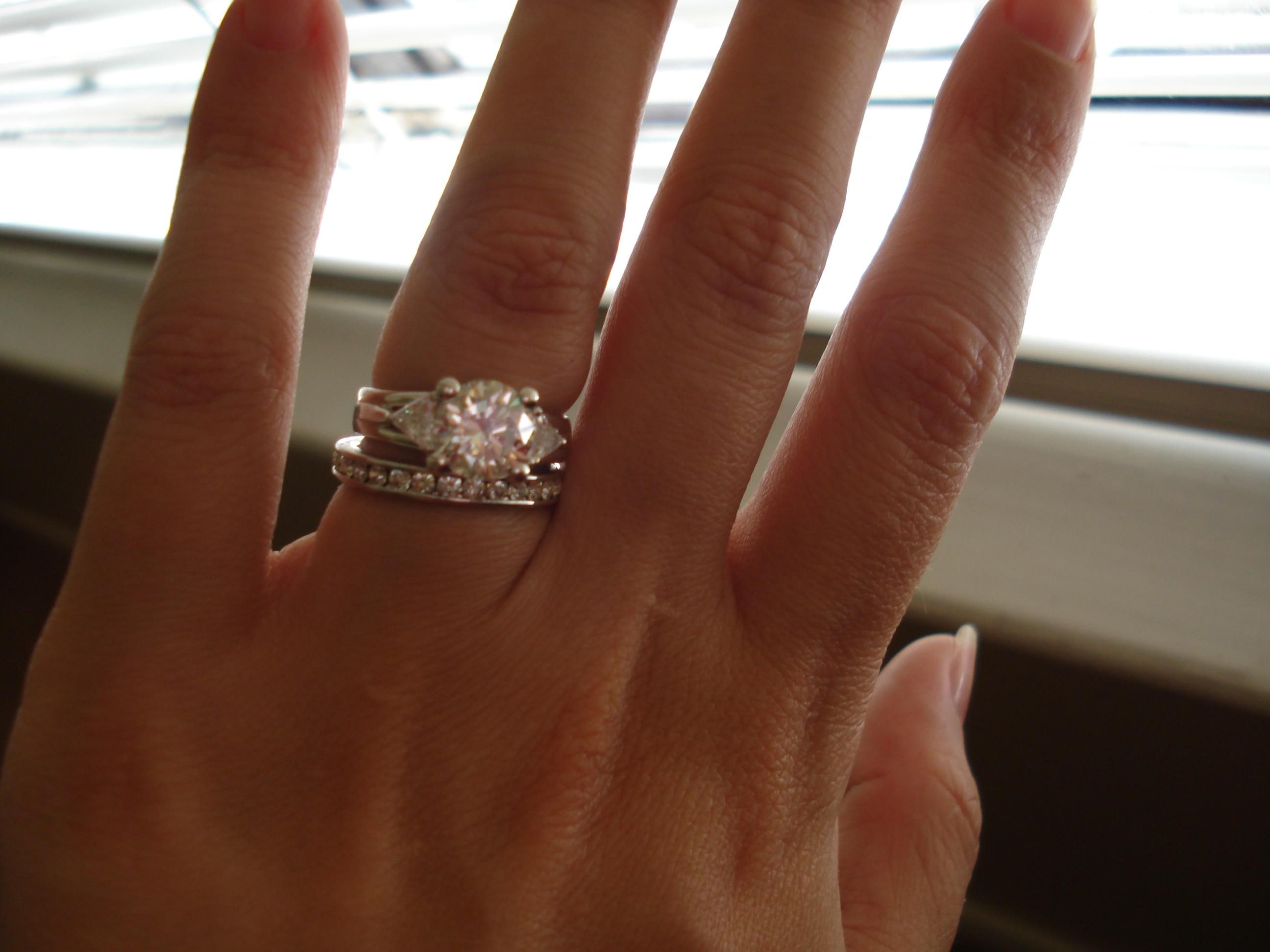 How To Wear Wedding Band And Engagement Ring Together 22
