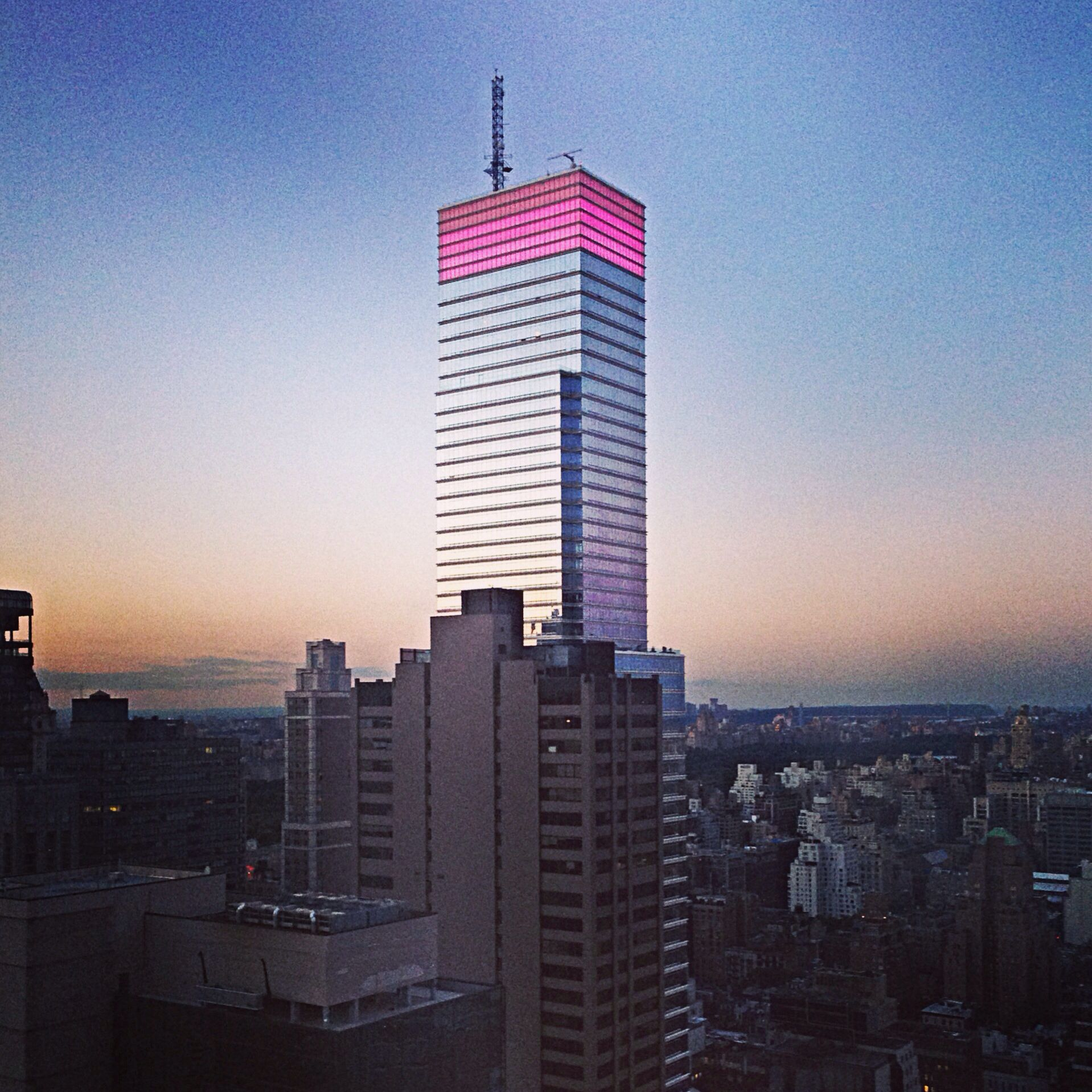 Couchtisch New York Skyline The Bloomberg Building Was Pink The Other Night Taken From My