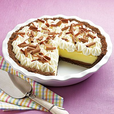 Black Bottom Vanilla Cream Pie #recipe