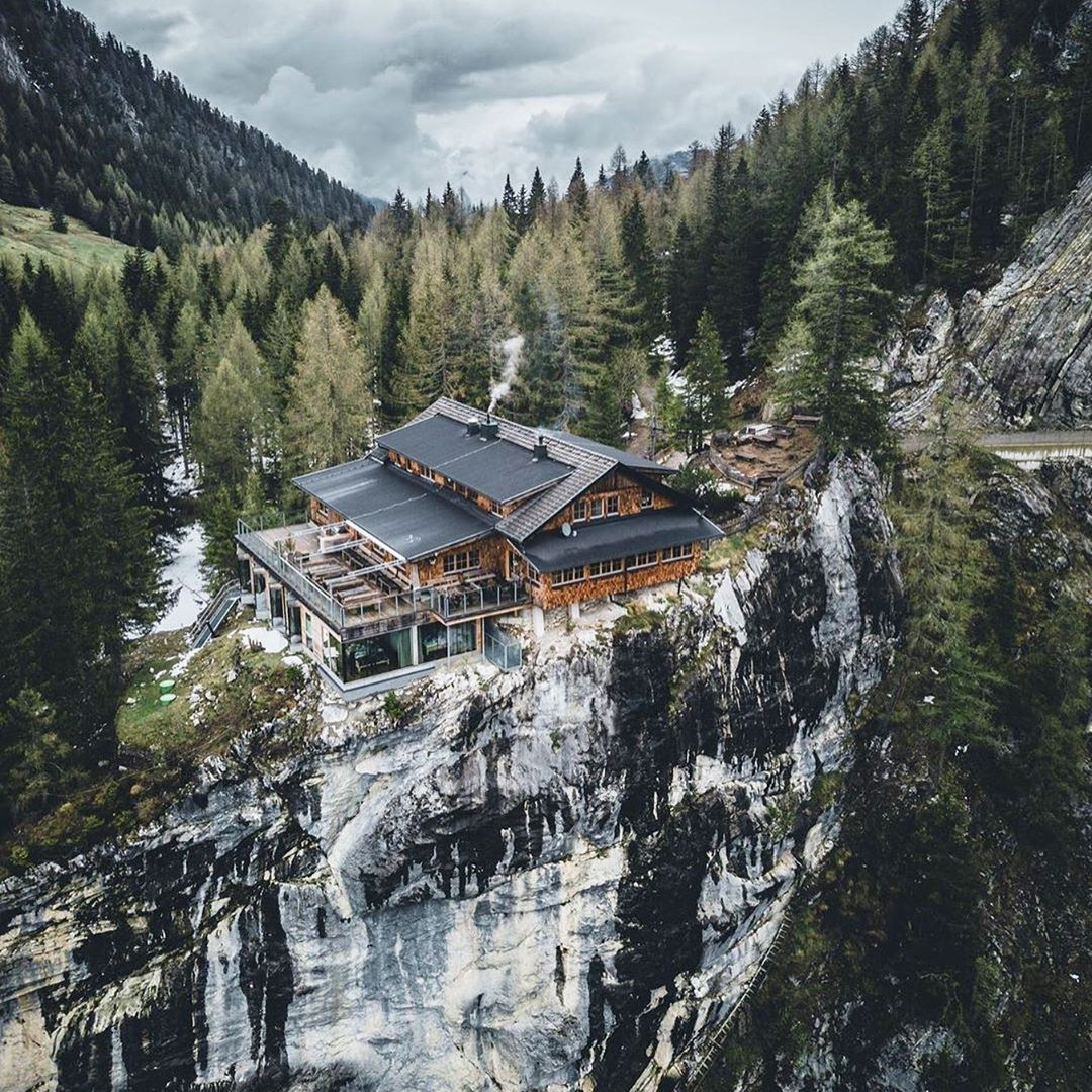 Backpackerinc On Instagram Welcome To The Dolomitenhuette Lienz A Absolutely Wonderful Cabin In Austria Drop A Beautiful Views Lienz Where Eagles Dare