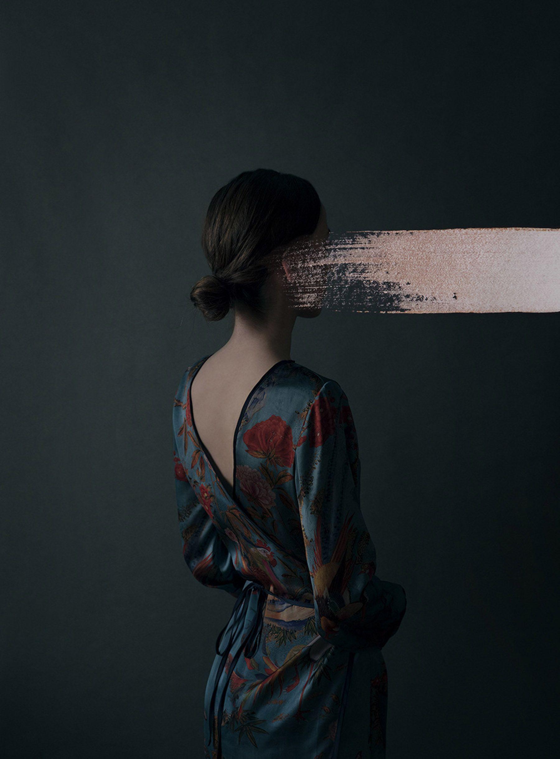 Andrea Torres Balaguer Pushes The Boundaries Of Portrait Photography – IGNANT – kadın halleri
