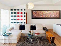 Salones de estilo moderno de Excelencia en Diseño