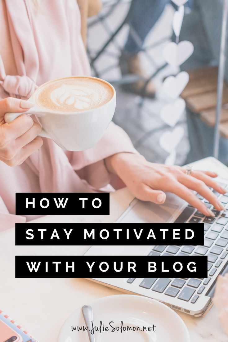 Don't give up your blog, being a blogger is amazing, trust me! Maybe you aren't seeing blog growth, but here I give you 3 simple steps you can apply immediately that will help your blog traffic and social media engagement increase
