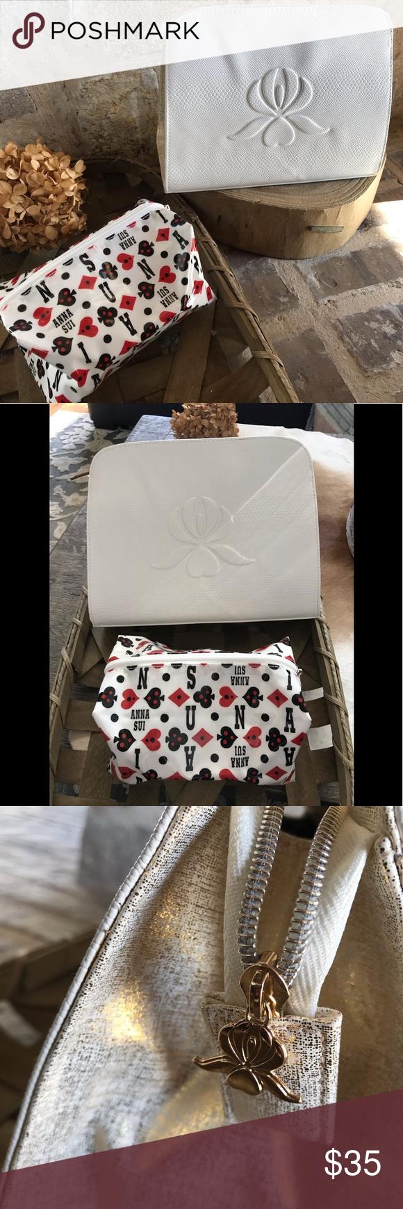 NWOT Bundle of 2 Sisley/Anna Sui Makeup Bags This listing