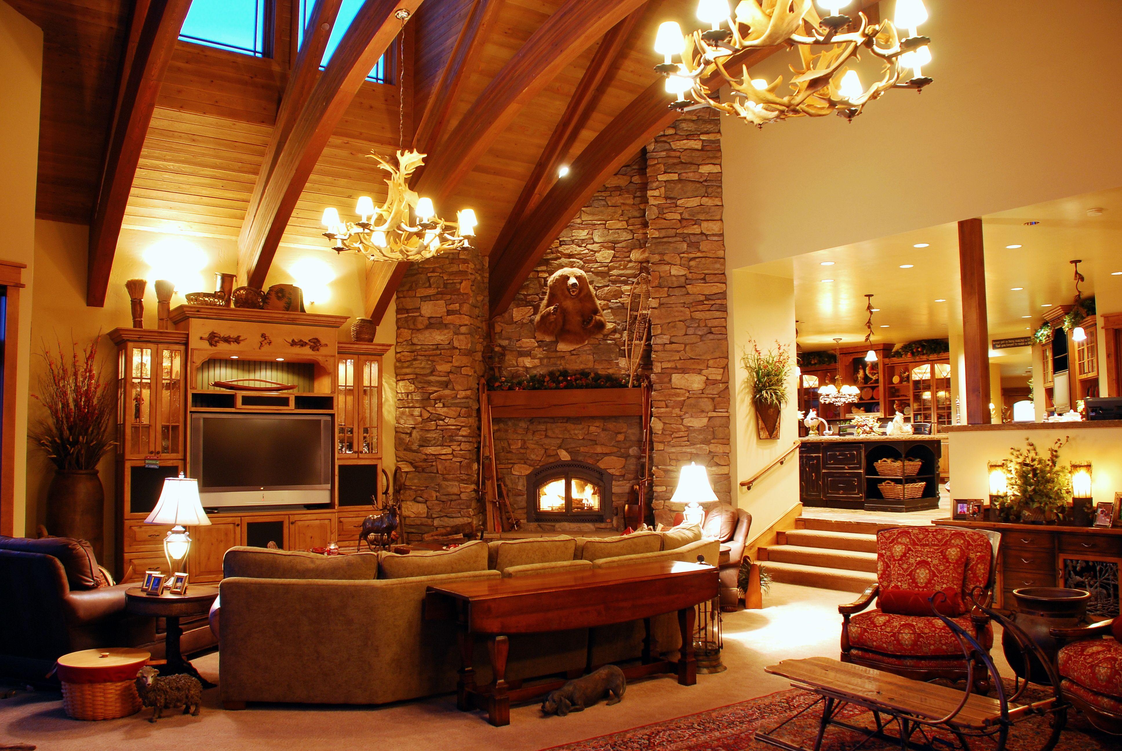 Eagle Crest Estate Classic Mountain Home Grandeur Is