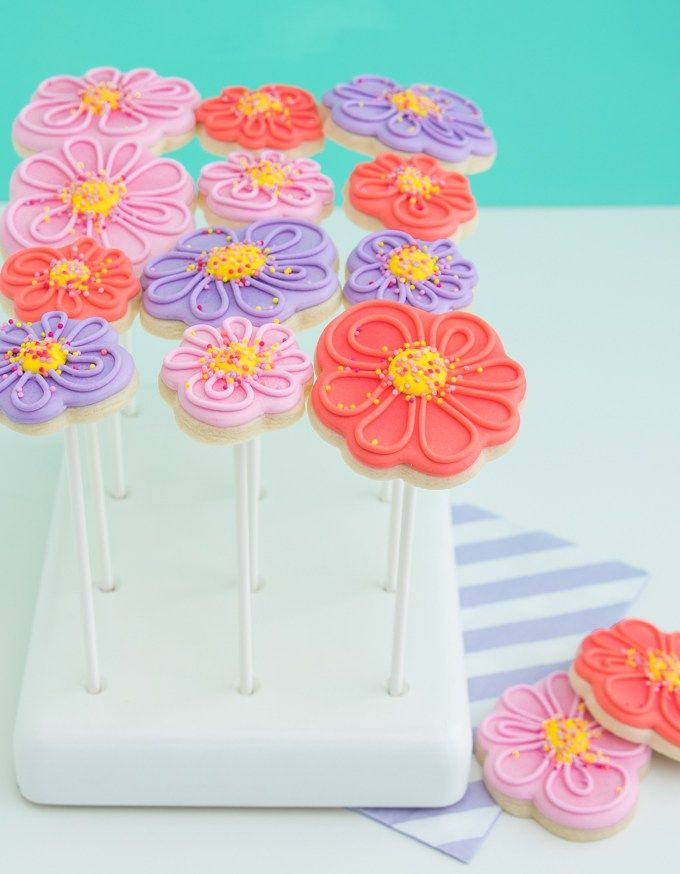 Whimsical Spring Cookie Flower Bouquet | Cookie bouquet, Sprinkles ...